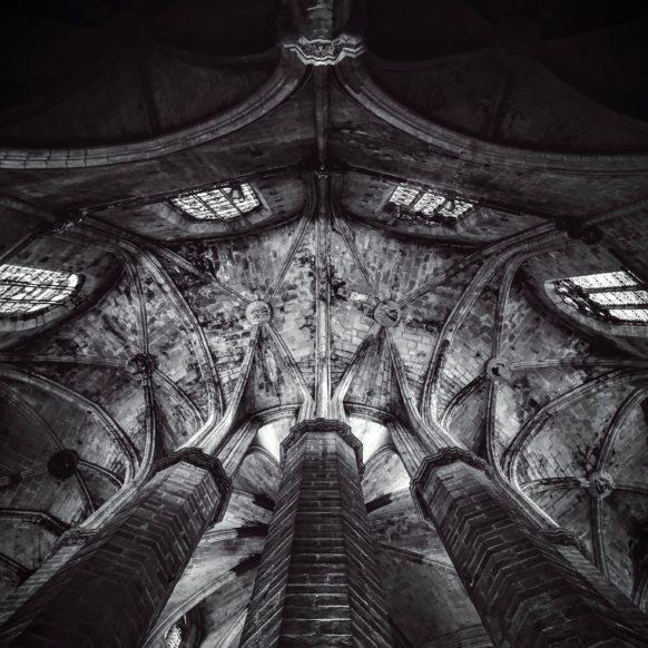 iPad Wallpaper Cathedral