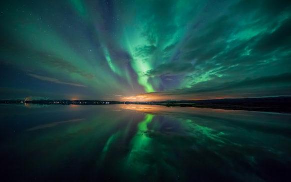 mac_wallpaper_aurora_green