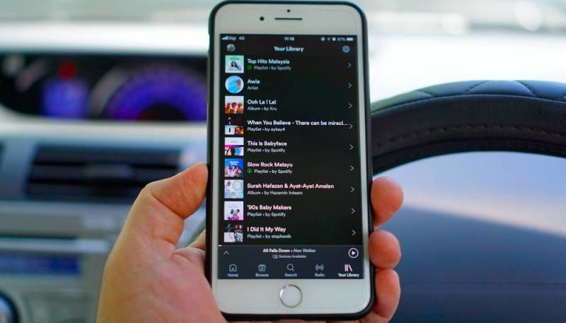 4 Reasons Why Streaming Services Are Killing Music Piracy