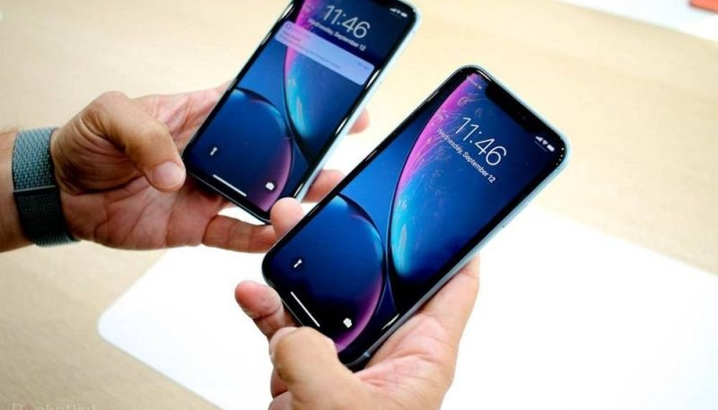 iPhone XR Proves More Popular Than Expected, Apple Boosts Orders 50%