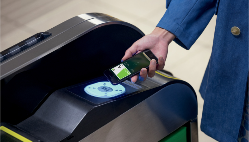 LA Metro Transit Riders Will Soon be Able to Pay for Fares Using Apple Pay