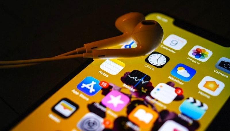 Apple and Google to Ban Apps That Uses X-Mode Social Tracker SDK