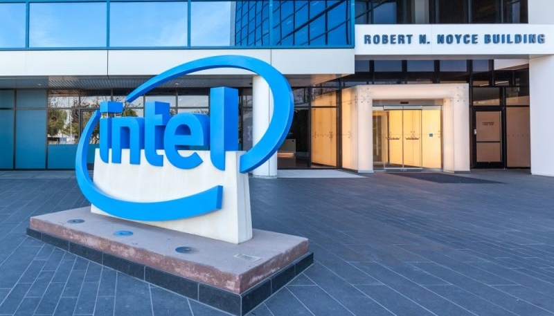 Intel Pursuing Apple Silicon Manufacturing Business