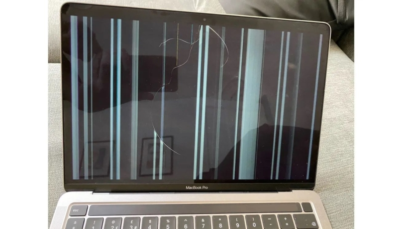 M1 MacBook Screen Cracks Class-Action Lawsuit Being Planned